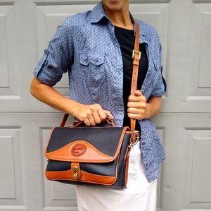 Dooney & Bourke Bags - Dooney & Bourke • Vintage leather shoulder bag
